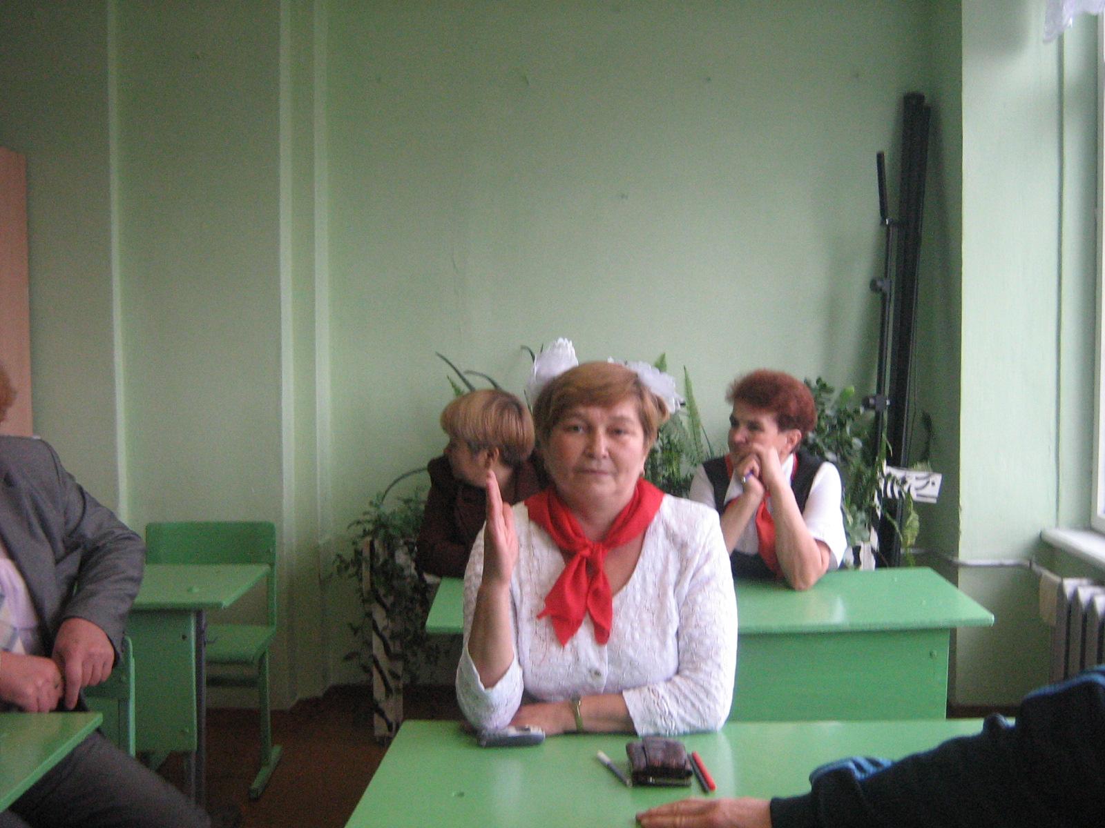 Хакимова И.Н. - ученица 12 класса - пионерка, спортсменка ...